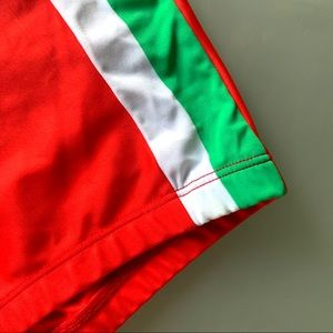 Vuthy Swim - Vuthy Italian Stallion Squarecut